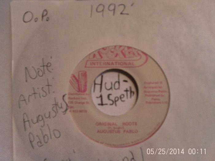 Hud-1 vinyl photos 032