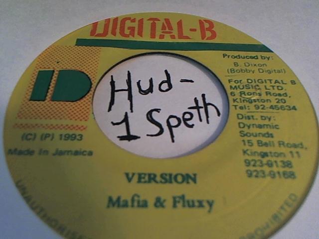 Hud-2 vinyl photos 146