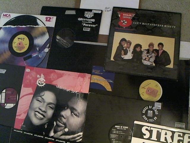 Hud-2 vinyl photos 3104