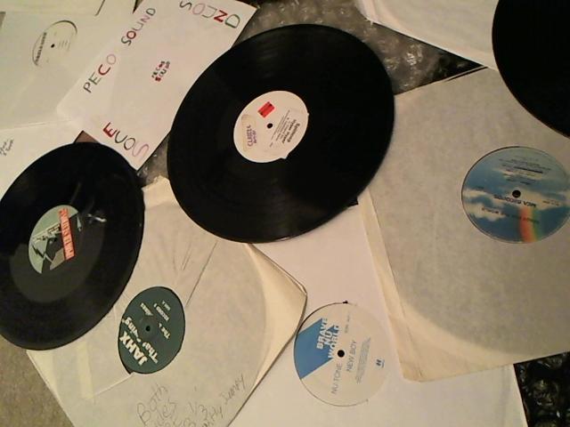 Hud-2 vinyl photos 3569